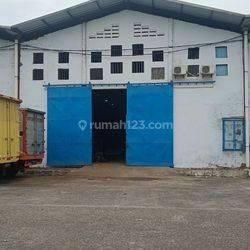 Gudang 300 m2, Ada Office, Siap Pakai @ Dadap (Kamal Utara) - 08.1212.560560
