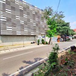 GEDUNG EX SEKOLAH INTERNASIONAL 4 LANTAI DI CIPETE JAKARTA SELATAN (KODE: THY-205) HUB: THANTY 08111089928