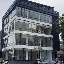 Ruang Usaha Luas  250m2 di Pondok Indah Plaza 2, Jakarta Selatan