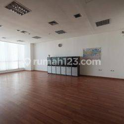JARANG ADA!!! OFFICE SPACE 135 SQM SEMI FURNISHED APL TOWER @CENTRAL PARK, PODOMORO CITY