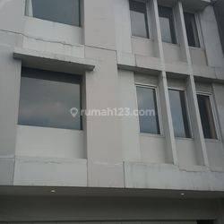 Gedung di Tegal Rotan Bintaro