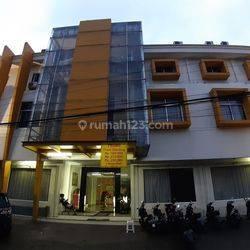 Gedung Hotel Bimo