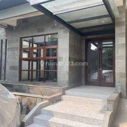 Ruang Usaha Bangunan Baru Jalan Paseban Dekat UI Salemba Jakarta Pusat (Lt. 1)