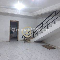 Ruko 3,5 Lantai Jl.Pangeran Jayakarta