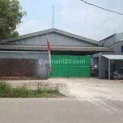 Gudang dan Kantor, lt. 1000 m2/ lb. 720 m2.  Kutruk, Tangerang.
