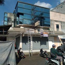 Dijual ruko 2 lantai di hook  Daerah Taman Cibodas