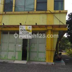 Ruko Citra Garden 2 Hoek siap huni 3,5 lantai pegadungan Kalideres Jakarta Barat