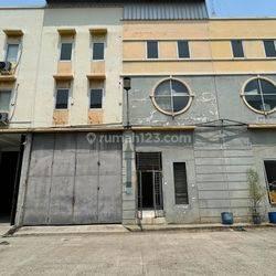 Gudang Elang Laut PIK, 225 m², Office 3 Lantai, Bebas Banjir, Siap Pakai - 08.1212.560560