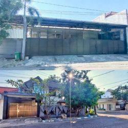 Ruang usaha dan Rumah murah di Raya Rungkut surabaya. Dekat merr