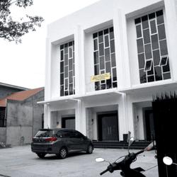Rukan 3 Lantai Lokasi Sangat Strategis di Manggarai Jakarta Selatan