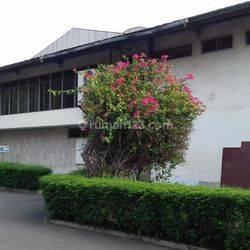 Pabrik dan Kantor, Mess. Karyawan.  Jl. Raya Prabusiliwangi Pasar Kemis