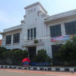 Tanah dan Bangunan Kantor 2.700 m2 @Kali Besar Barat Jakarta Barat