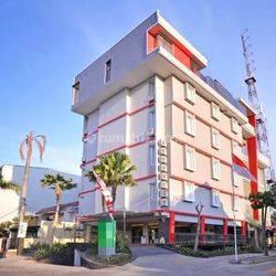 GEDUNG EX HOTEL TENGGILIS UTARA SURABAYA