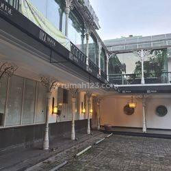 Gedung 3 LT di Kebayoran Baru, Bisa Per Lantai, Dekat Senayan