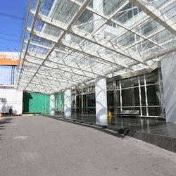 Gedung Kantor 10 Lantai Area Cbd bangunan mewah berkualitas nyaman aman strategis jalan boulevard bebas banjir