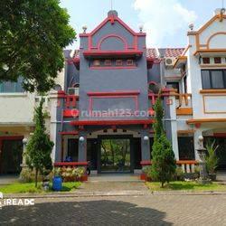 Ruko strategis tengah kota Semarang siap pakai dijual di BSB city Ngaliyan Semarang barat