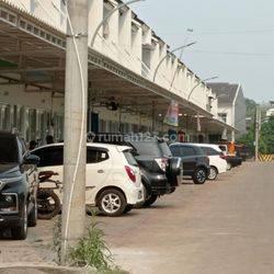 Ruko hunian ramai dan padat hunian cocok untuk usaha sekaligus tempat tinggal, 10 menit dari Lippo Karawaci Tangerang