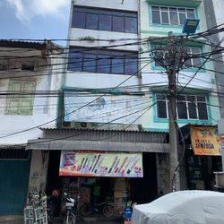 Ruko Strategis untuk Usaha di Jalan Pasar Pagi Raya, Jakarta Barat