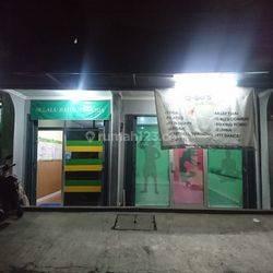 Ruko kios pinggir jalan samping pasar Binong Permai Gading Serpong Karawaci Tangerang