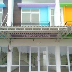 Ruko Murah dua lantai padat penduduk di jalur utama kawasan Aryana dekat Lippo Karawaci, cocok untuk tempat usaha