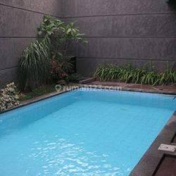 Rumah Baru; Minimalis; disewakan di Guntur, Setia Budi-Jakarta Selatan