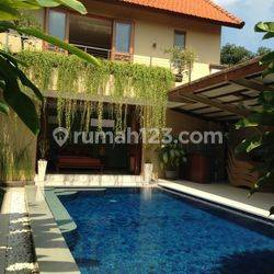 Great Villa  Batubelig