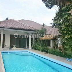 Nice House at Pejaten Area