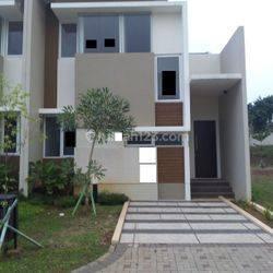 Rumah Baru Dan Bagus Di Eminent Cluster Ingenia / Barat A33