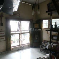 Patal Senayan - rumah tua - prime location - BU