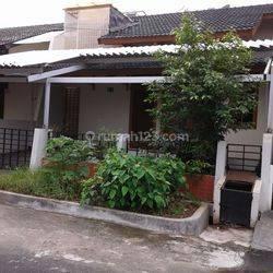 Rumah 1 lantai di Bona Indah, Jakarta Selatan