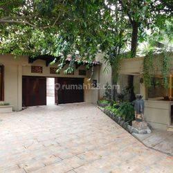 Rumah MEWAH & CLASSIC DI  Kawasan ELITE Ancol Timur
