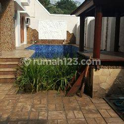 Great and BRIGHT House in Great Area of Permata Hijau