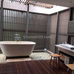 RUMAH Compound 2 Lantai Ber-Gaya Resort Bali di Jati Padang, Pasar Minggu, Jakarta Selatan