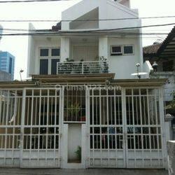 Rumah Megah & Nyaman slipi