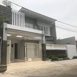 Rumah eksklusif lokasi premium di kota Malang
