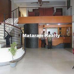 Hotel Melati 23 Kamar di Lokasi Strategis, Jalan Pelajar Pejuang, Bandung Tengah, Main Road