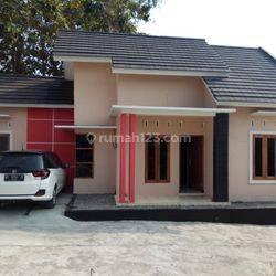 Rumah di Jalan Bibis Bangunjiwo Bantul dekat Kampus UMY