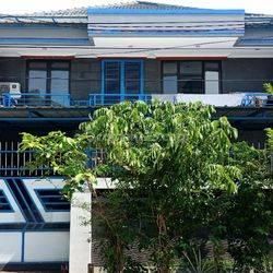 Rumah Cantik 2 Lantai Termurah di Pluit Karang Asri LT 200 m2 LB 355 m2, Akses Jalan 3 Mobil
