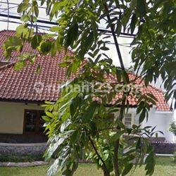 JL,Sampurna deket cipaganti Bandung, rumah tua.