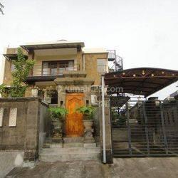 Rumah 2 lantai 6 kamar tidur, lahan 250m2, dekat Jalan Cargo Permai, Denpasar