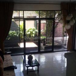 Rumah Ex Kantor LT 525 m2 di Kalibata Jakarta Selatan