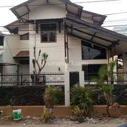 Rumah siap huni Strategis sekali di Jaksel dekat Stasiun Kalibata