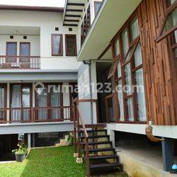 Rumah full furnish di Parahyangan Permai, Bandung