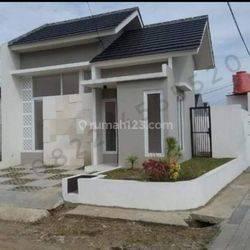Rumah bermuka dua kaya Manusia DP 30jt dkt Akses Tol Gede bage GBLA