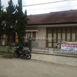 Rumah Multifungsi Kantor Holis, Bandung