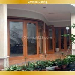 Rumah dengan kolam renang di Kurdi Muara BKR Moh. Toha Bandung