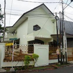 Rumah Tinggal Strategis Pondok Pinang Kebayoran Lama Jakarta Selatan