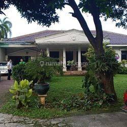 Rumah halaman luas di Pejaten Barat Jakarta Selatan
