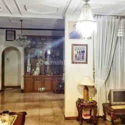 Rumah dijual Murah di tengah Kota, Patal Senayan. Jakarta Selatan