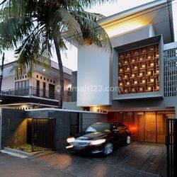 House At jalan Bangka II 4Br FF 2200 Usd With Pool And Karaoke
